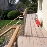 Création d'une rambarde en inox sur mesure sur une terrasse